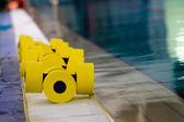 池中的设备 — 图库照片