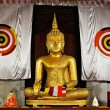 Buddha statue in temple — Stock Photo
