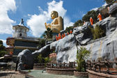 Buddhist monk statues going to Gold Buddha temple — Stock Photo
