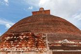 Jetavaranama dagoba (stupa). Anuradhapura, Sri Lanka — Stock Photo