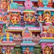 Sculptures on Hindu temple gopura (tower) — Stockfoto
