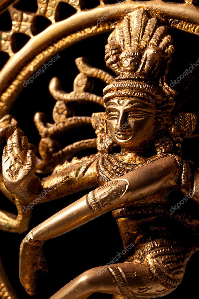 Statue of indian hindu god Shiva Nataraja - Lord of Dance close up — Stock Photo #5053777