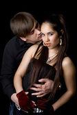 Joven pareja juguetona — Foto de Stock