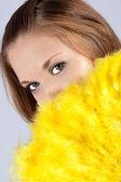 Portrét dívky s velmi krásné oči s ventilátorem — Stock fotografie