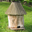 Old wooden bee hive — Stock Photo
