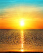 Sunrise over sea — Stock Photo