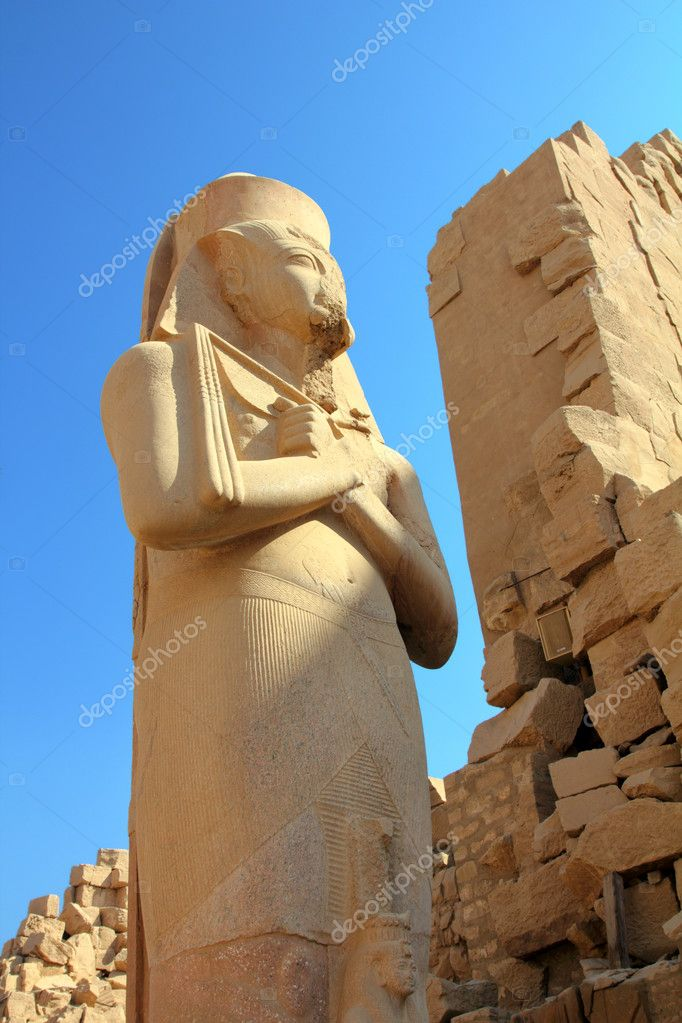 Ramses II - ancient egypt pharaoh in Luxor Karnak temple  — Stock Photo #5267289