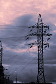 закат и электрифицированный путь — Стоковое фото