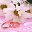 Rings and flowers — Stock Photo #4343498
