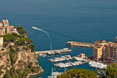 Yachts and apartments in port Fontvieille in Monte Carlo — Stock Photo