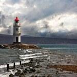 "Vladivostok. A beacon ""Tokarevsky cat"" on cape Egersheld — Foto de Stock"