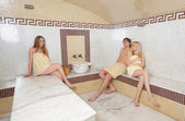 Relaxation in turkish hamam — Stock Photo