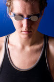 Concentrated woman swimmer — Stock Photo