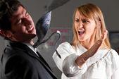 Violencia en oficina — Foto de Stock