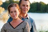 Giovane coppia attraente — Foto Stock