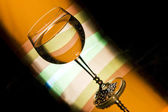 Glass of white wine — 图库照片