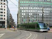 Milan sokakta tramvay — Stok fotoğraf
