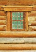 日志墙体和窗户 — 图库照片