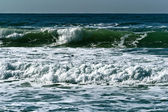 Turquoise waves in Mediterranean sea — Foto Stock