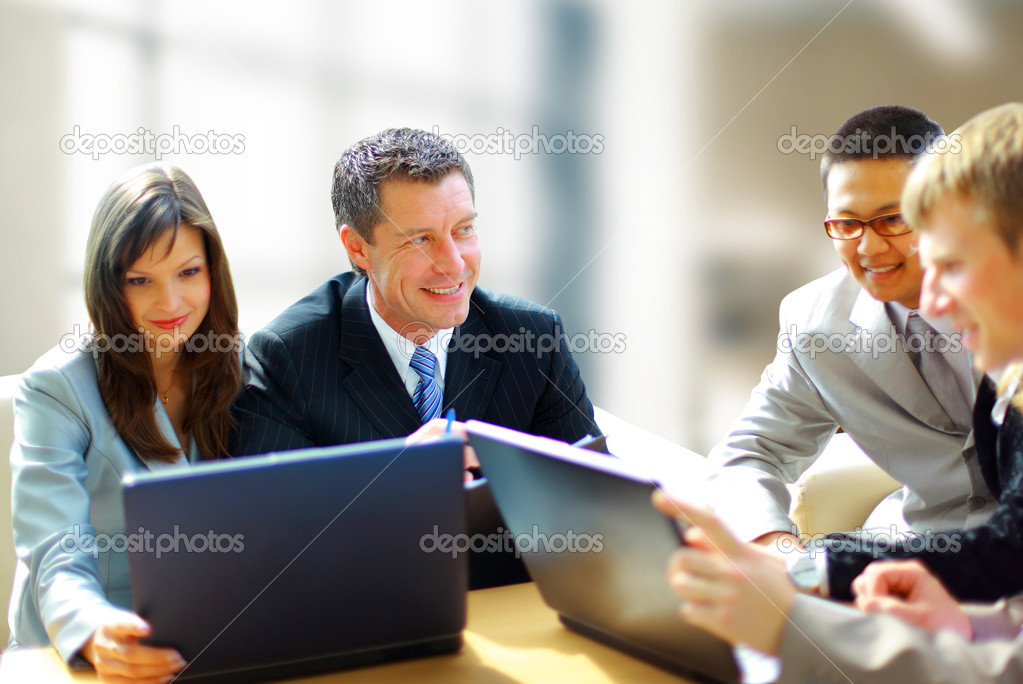 Business meeting -  manager discussing work with his colleagues — Stock Photo #5207529
