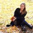 Beautiful young woman in autumn park — Stock Photo #4083558