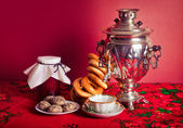 Traditional Russian tea — Stock Photo