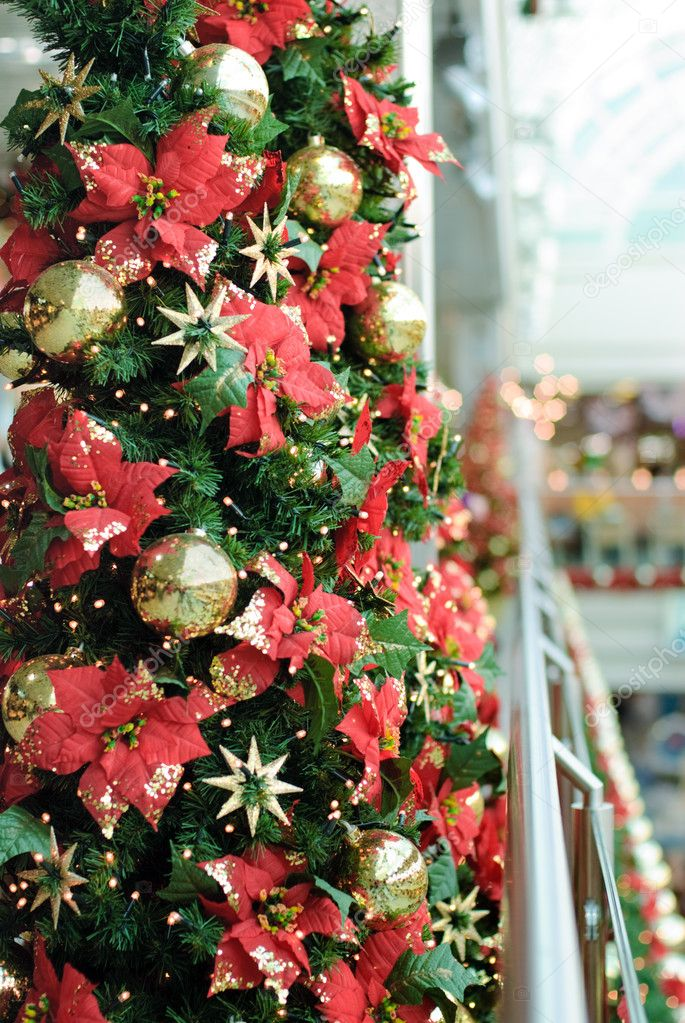 Christmas decorated tree  — Stock Photo #4135058