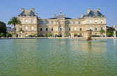 Luxembourg Palace and garden — Stock Photo