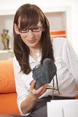 Unpack new shoes — Stock Photo