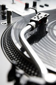 Needle on the vinyl record — Stock Photo