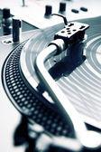 Needle on the vinyl record — Stock Photo