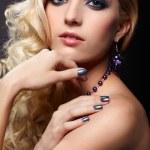 krásná kudrnatá blondýna — Stock fotografie