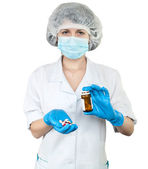 Nurse with pills — Stockfoto