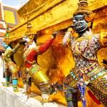 Wat Phra Kaeo — Stock Photo #4570726