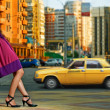 Beauty woman in the city — Stock Photo
