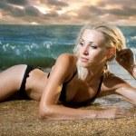 Beauty woman on sea — Stock Photo #4990811