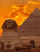 The Sphinx and the Great Pyramid, Egypt — Stock Photo