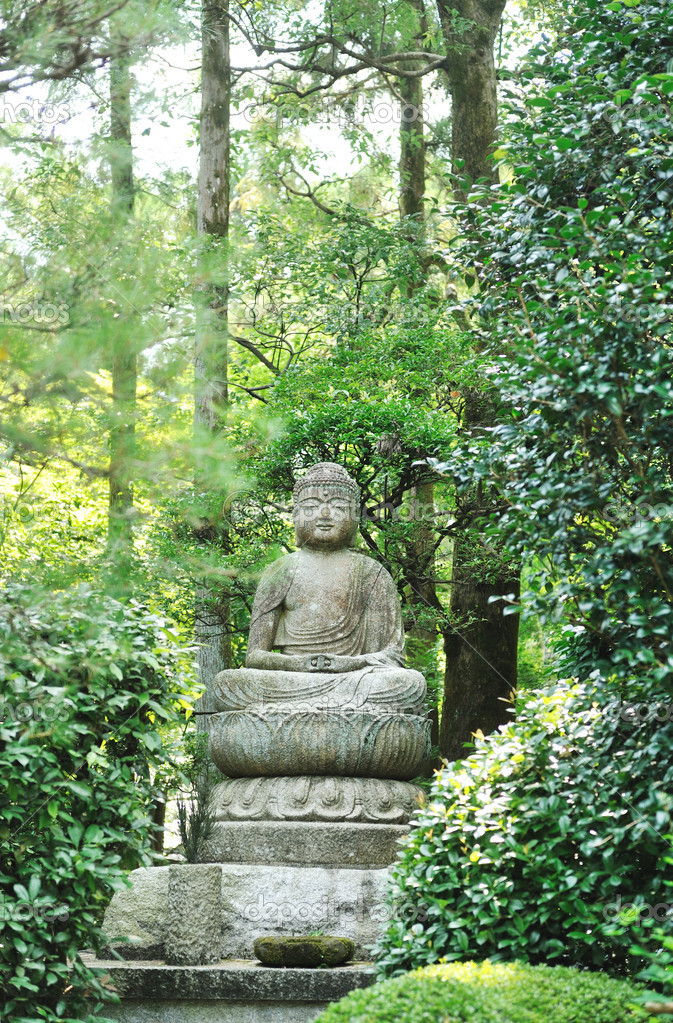 Buddha statue - Ryoan Ji, Kyoto, Japan  Stock Photo #3929166