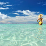 Girl on a beach — Stock Photo #5112732
