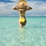 Girl on a beach — Stock Photo #5112736