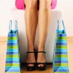 買い物袋を持つ女性 — ストック写真