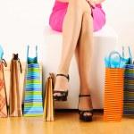 žena s nákupní tašky — Stock fotografie #5181016