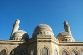 Modern mosque and minaret in Baku, Azerbaijan — Stock Photo