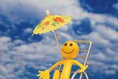 Smilie enjoying sun at the tropical island — Stock Photo