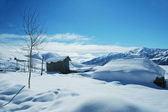 Houses and mountains under snow in winter - Georgia, Gudauri — Stock Photo