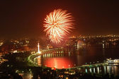 Fireworks on Independence Day in Baku, Azerbaijan — Stock Photo