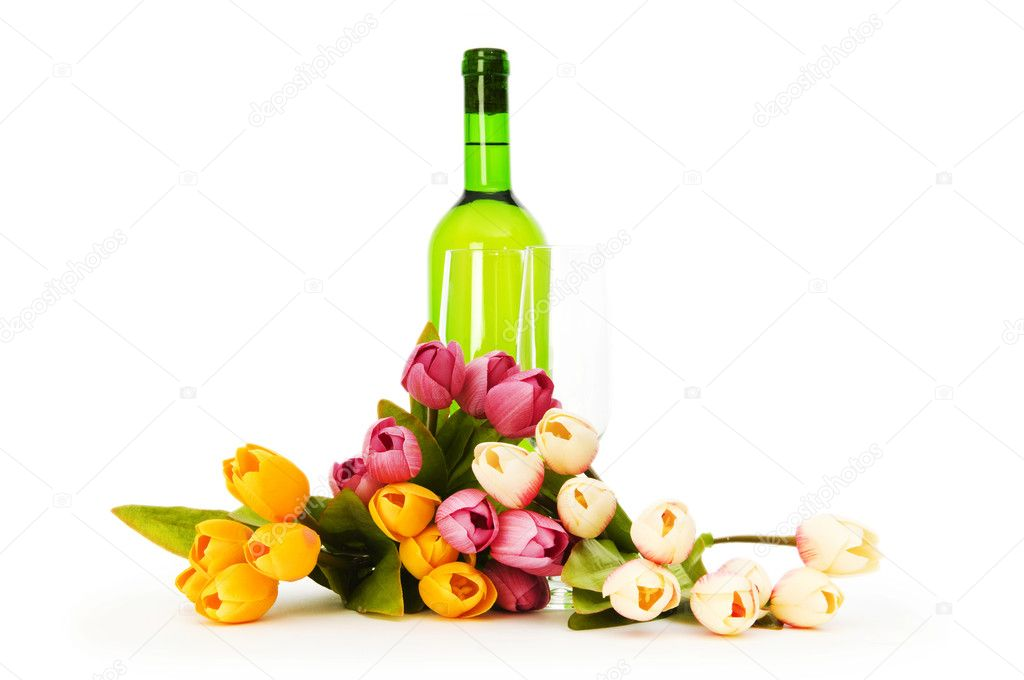 Wine and flowers isolated on the white background — Stock Photo #4469398