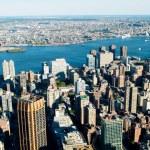 高層ビルとニューヨーク市のパノラマ — ストック写真 #4562310