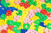 дети буквы и цифры в таблице — Стоковое фото