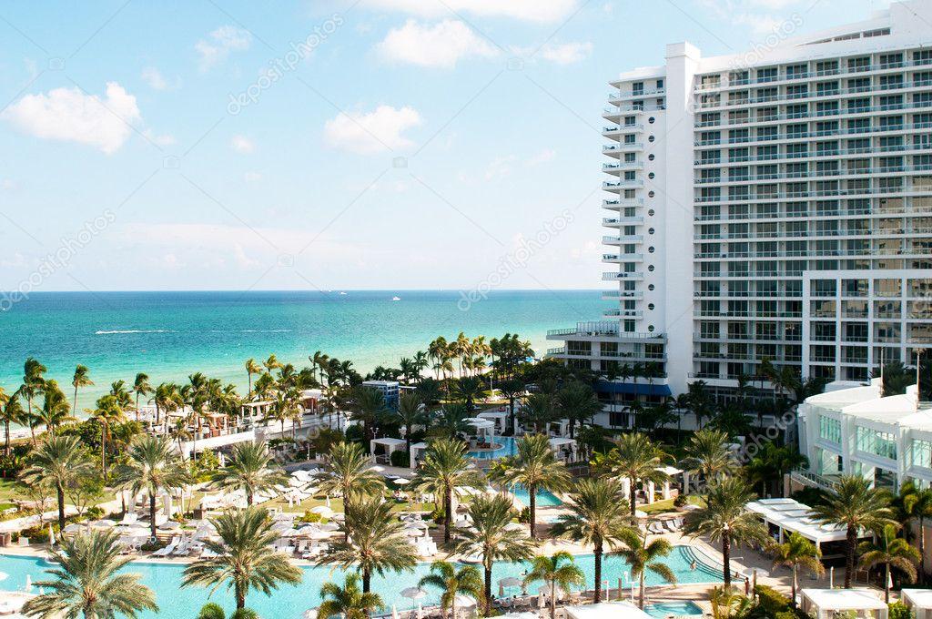 Panorama of the hotel near sea side stock photo elnur for Hoteles junto al mar